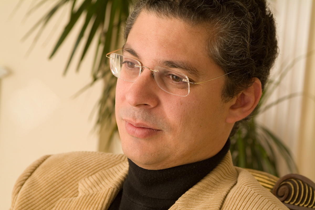 Pianist Leonel Morales Returns to Hotchkiss Stage January 19